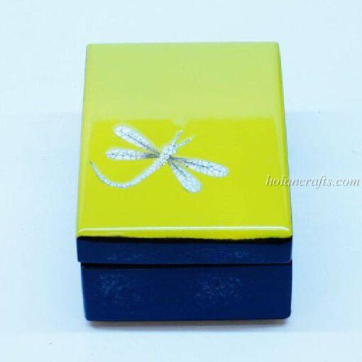 Lacquer box 11