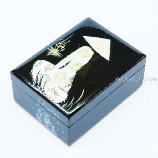 Lacquer box 22