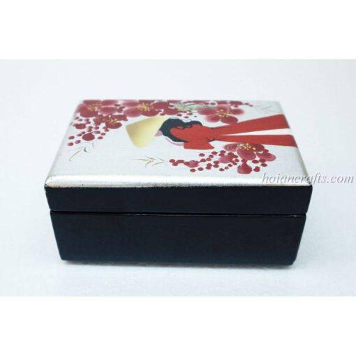 Lacquer box 8